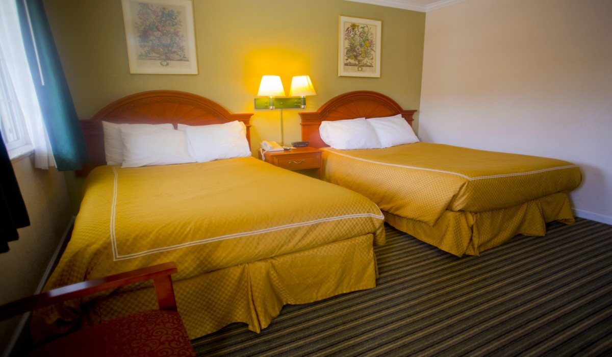 Two Double Bed Room - Redwood City Hotels