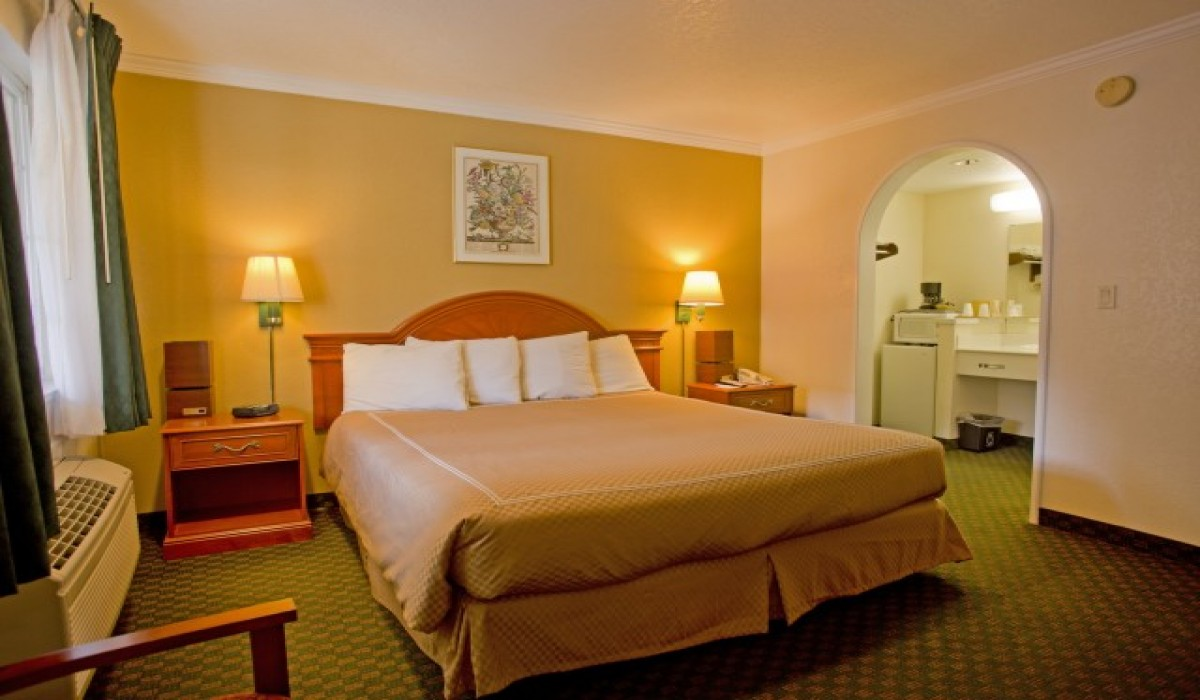 Redwood Creek Inn - King Bed Room - Redwood City Hotels